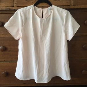 Uniqlo pale pink short sleeve a-line tee S